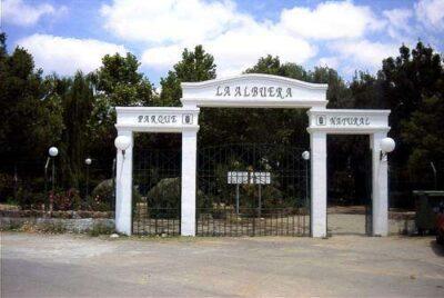 Parque de La Albuera, Entrada