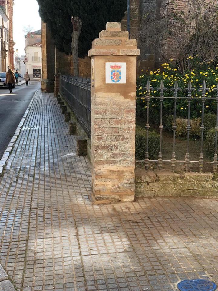 Indicativo ruta Iglesia de Santiago de Llerena